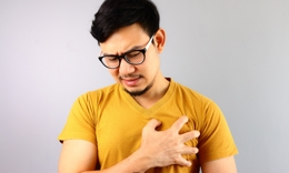 heart-pain-young-man-tn