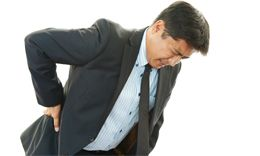 office-worker-back-pain-tn